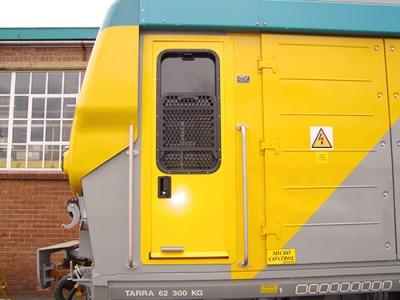 The-vandal-resistant-3-CR12-door-system